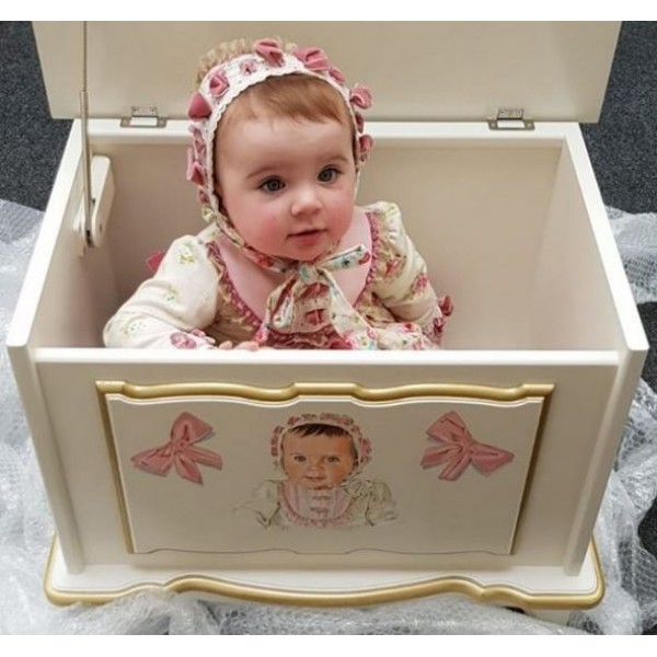 2ft Portrait Toy Box With Bows