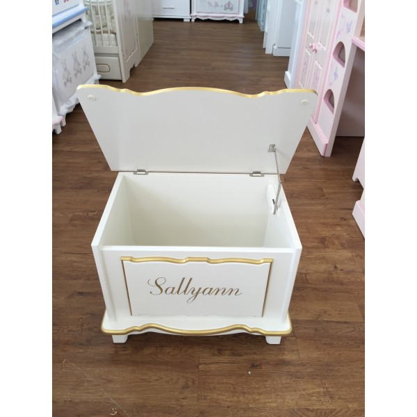 Toy Box In Off-White & Gold With Single Name