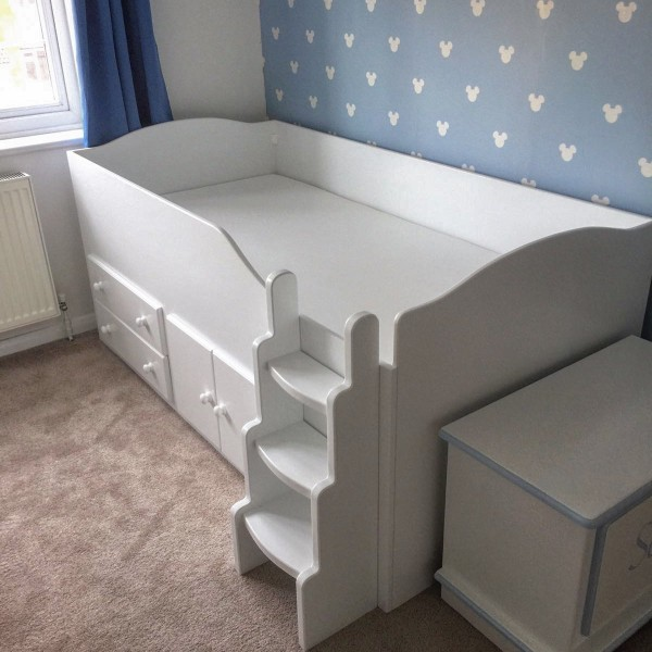 Cabin Bed With Raised Ladder