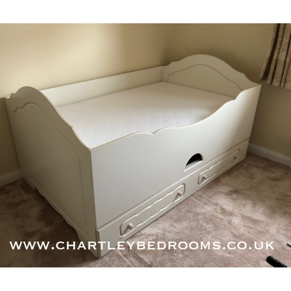Small Box Room Cabin Bed: Double Cabin Bed Inc. 3rd Pull Out Bed Under