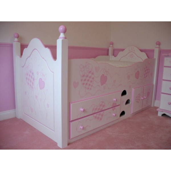 Cabin Bed Gingham Hearts Pink