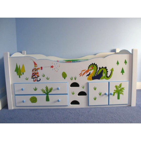 Cabin Bed With Square Posts Art To Match Bedding