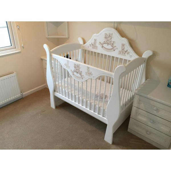 Luxury Cot Sleigh Style With Dropped Back & Front Plinth