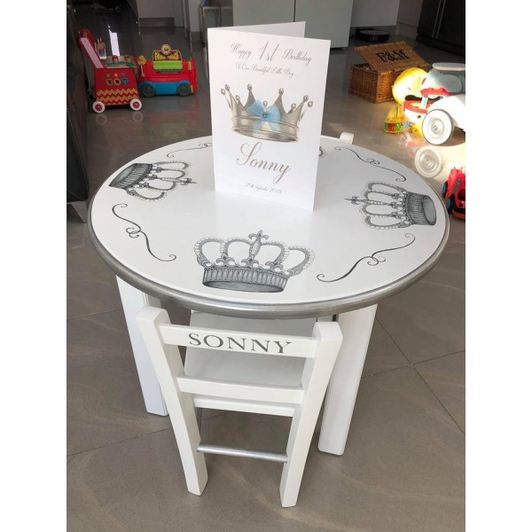 Round Table And 2 Chairs With Crown Artwork And Name