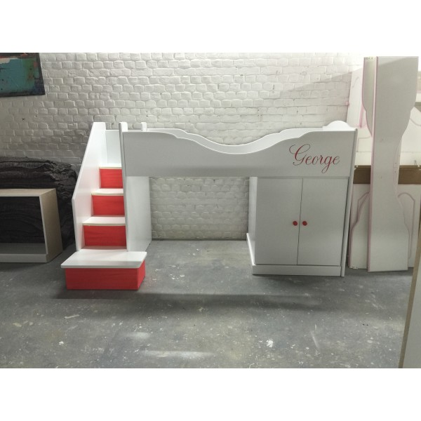 Playbed With Stairs