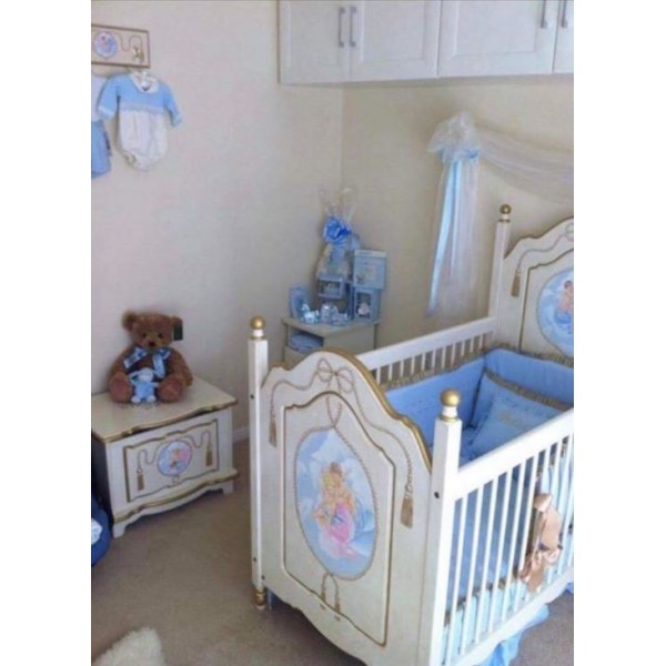 Cot With Posts And Cherub Artwork