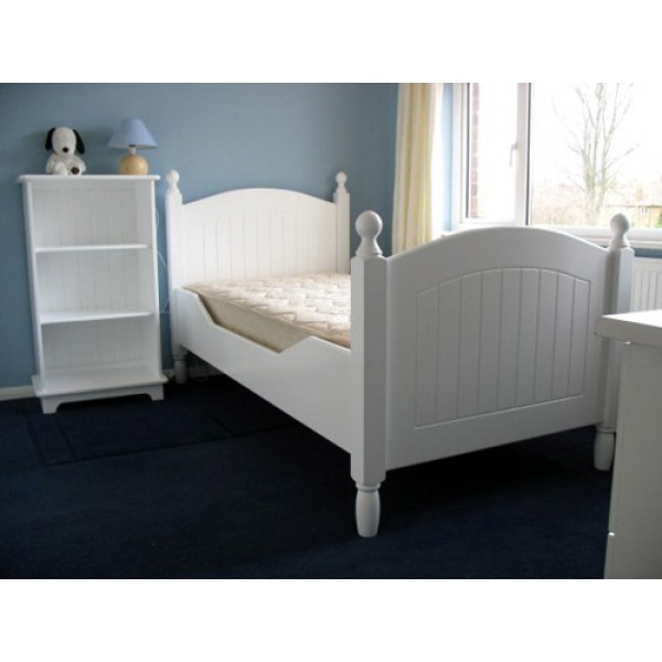 White Contempo Bed With Posts & Angled Sides