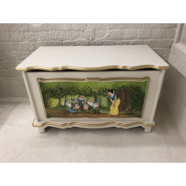 Snow White Personalised Hand Painted Vintage Toybox Art