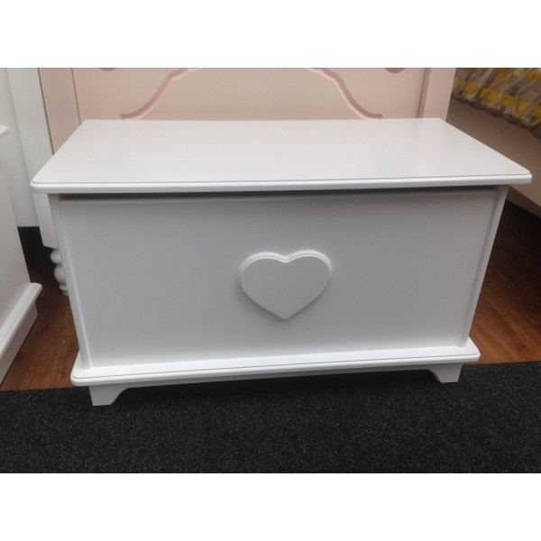 Plain and Simple Range with Heart or Star